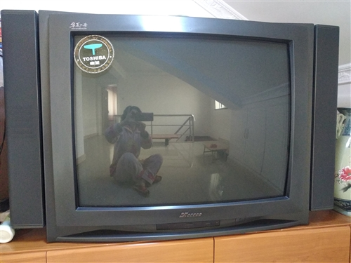 出售家用電視機一臺。有意者與我聯系。