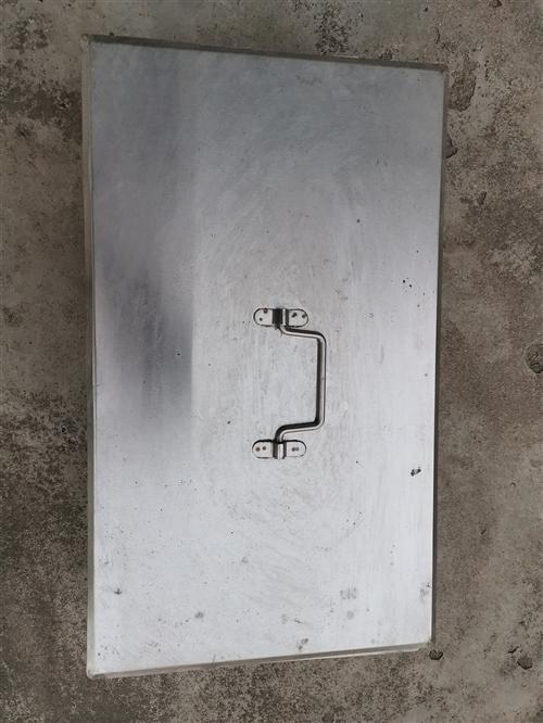 纯不锈钢材质    尺寸55*29*14   蒸车用的   用途广泛一个**   一个用过   13...