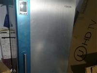 海信冰箱207升大容量液晶显示数字控温
