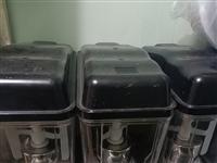 冷饮机、制冰机出售,九成新,低价出售,价格面议!需要的联系,13981287907