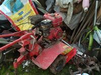 七頭牛微耕機,齒輪傳動,配行走輪,早地輪,水田輪,汽油機,因不種地了,現轉讓,便宜處理
