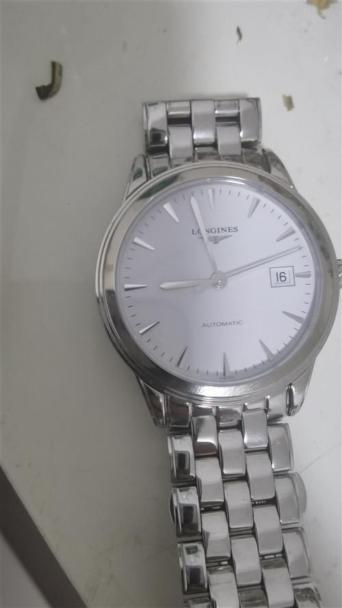 5月10在西亚买的浪琴手表,1万多,朋友回国带了一个,现在想处理掉