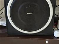出售漫步者品牌音箱一套,音色清晰纯正,40W声音大,可插电视,电脑,手机,等等!价格便宜,有意者可试...