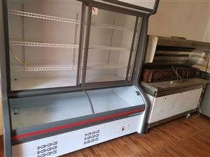 ��烤全套家私�D�4500一套���冰柜1大1小,展示柜,��烤架,�o���艋��C,猛火灶,...