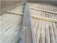 高锰重轨改制耐磨板,适用于各种工程机械耐磨料,是普通耐磨料的三到五倍。尺寸根据客户需求定制。