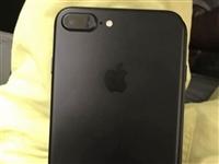 自用蘋果7plus黑色,128G內存,九成新,因要更換新手機,現出售,ID可正常退出,無拆封無維修