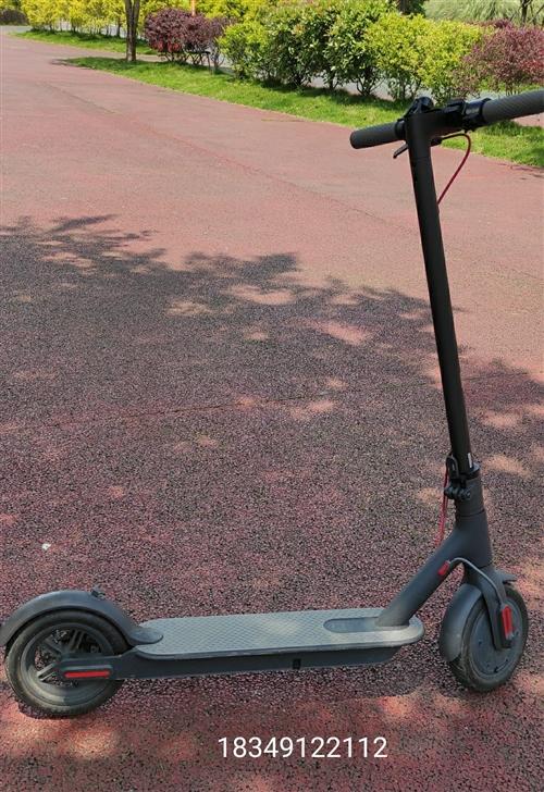 小米新款1 s电动滑板车,购买时间只有几个月。官网新车价1999 三种驾驶模式 节能模式 ,D常规模...