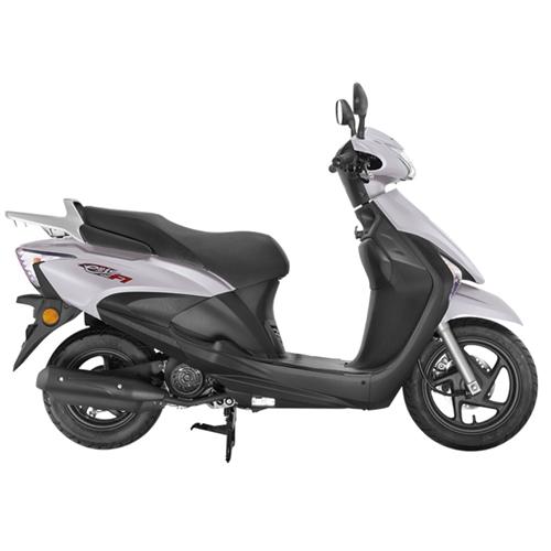 求购一辆二手踏板摩托车,本田或者铃木价高勿扰15183402830