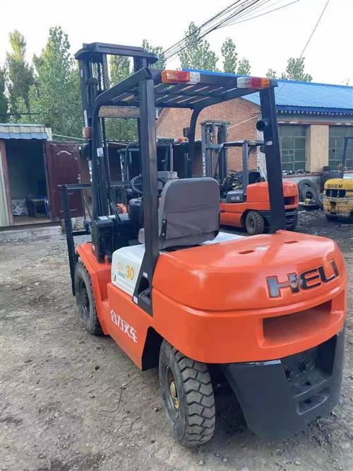 求購二手柴油叉車1.5噸以上3噸內都可以,價格不高,能正常使用的