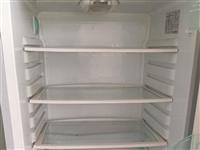 本人有闲置海尔牌冰柜一台,九成新没任何毛病,现出售,抓住机会带走实惠。
