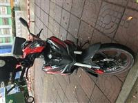 贝纳利弯梁150水冷国际6档,发动机完美18年的车子,想换踏板摩托车.所以转给有喜欢的朋友,4800...