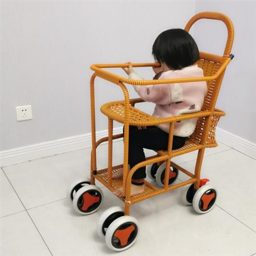 儿童8轮推车,娃儿大了坐不下了,半价处理