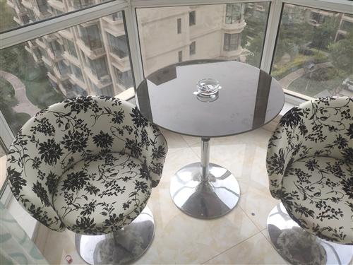 自己用的休闲桌椅,九成新,有看上的自提