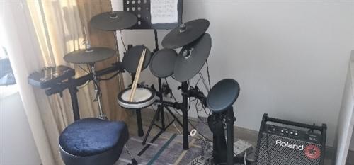 電鼓,九成新,價格面議。