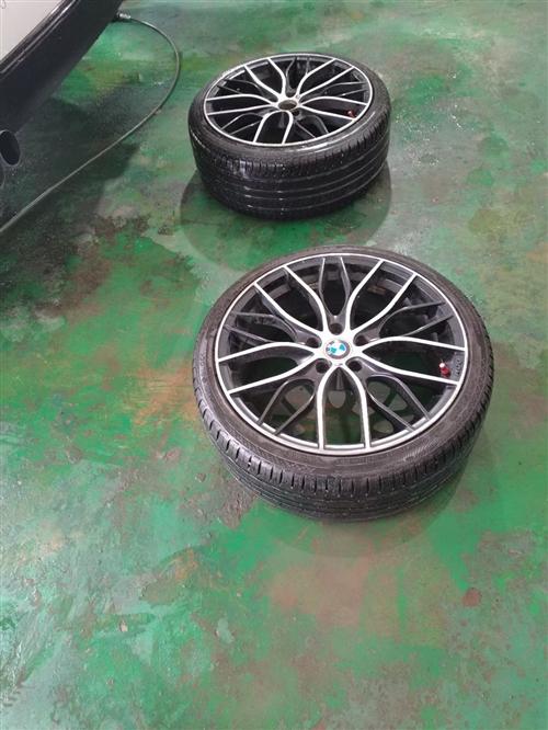 出售宝马M 标轮毂胎一套,,二手处理。要的私聊15082680500