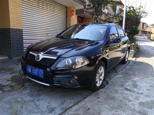 出售一辆华晨中华HRV手动豪华版,带天窗,车况精品,价格便宜一万多点,需要的联系1399399981...