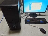 台式电脑一套,500g硬盘,四核处理器,750显卡1g,运行4g,显示器只用了几个月,可以打英雄联盟...