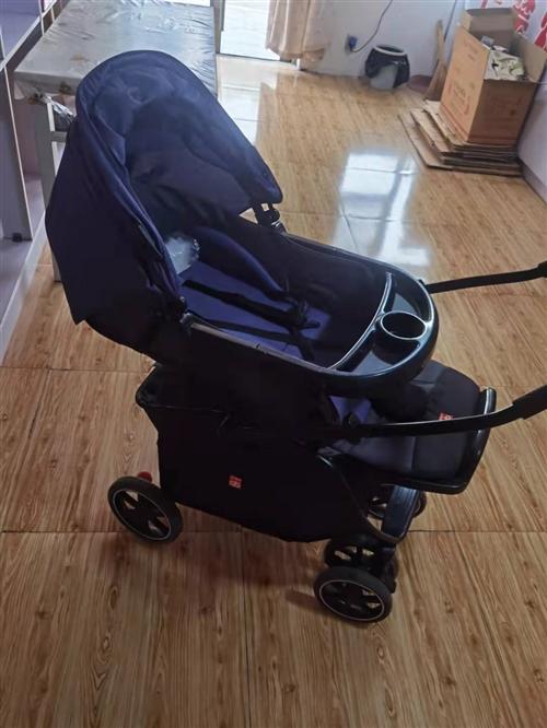 好孩子嬰兒多功能可躺可坐折疊推車,九五新,可坐、可躺、避震、全篷、多功能折疊、雙向推??臻g大,寶寶躺...