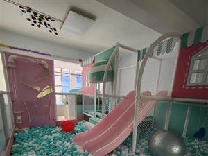 因工作原因,现将一小型室内儿童乐园设备出售,9成新,价格面议!