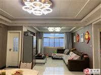 苏润*城市广场套房边户精装修3室 2厅 1卫69万元