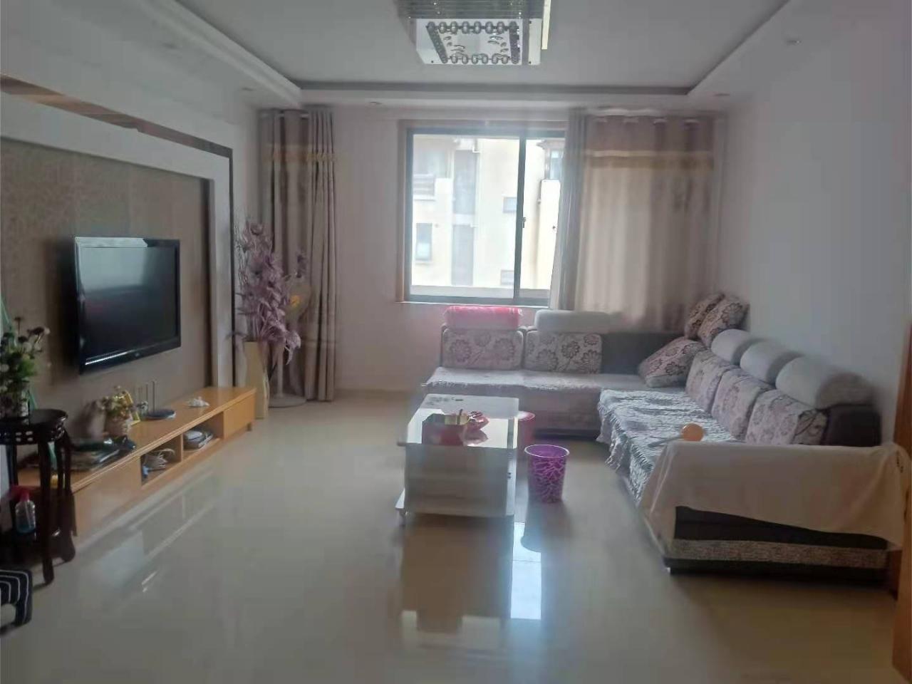 波西塔诺三室4楼114平米精装无税宝塔校区101.8万