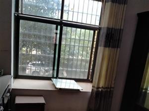 富豪苑3室 2厅 1卫95万元