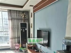 皇冠假日酒店附近3室 2厅 2卫52万元