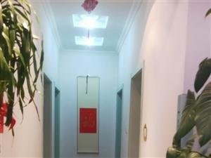 五一街�^3室 2�d 1�l56�f元
