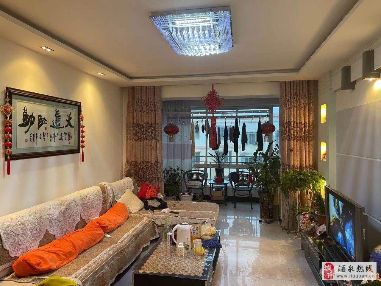 世博花园6楼,112平米3室 2厅 1卫52.8万元