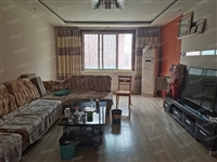 中山新城3室 2厅 2卫单价5600元