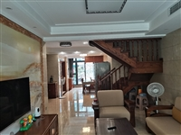 天福江南四室1-2跃层148平米实际面积180平米豪装超大院子268万