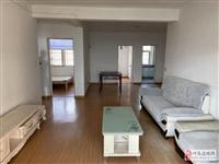 南海家园3室2厅1卫13000元/月