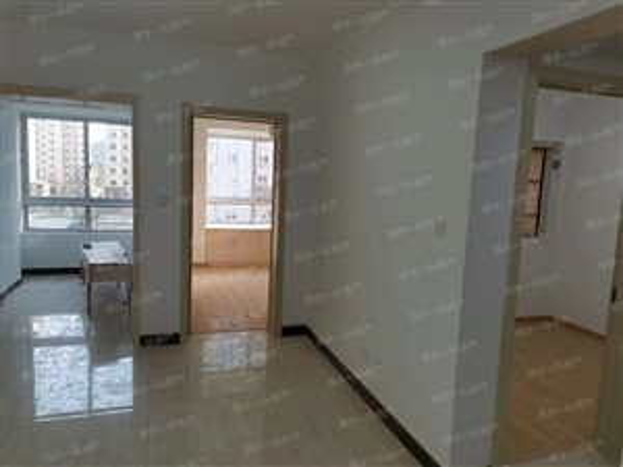 湖滨雅居2室 1厅 1卫52万元