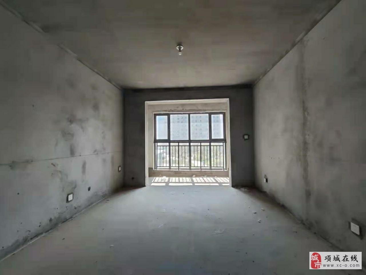 金蟾社区  理想城3室 2厅 2卫43万元毛坯现房