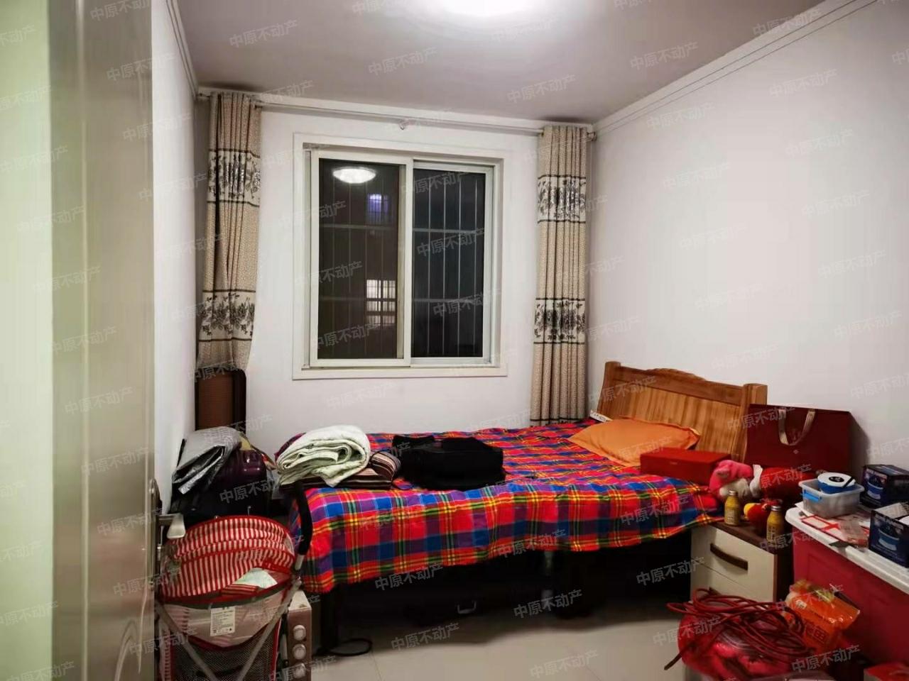 俪景湾3室 2厅 2卫46万元