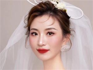 婚纱礼服出租婚礼跟拍跟妆可试妆