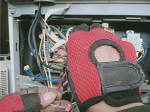 專業維修空調!加氟,移機!售賣空調,回收,置換