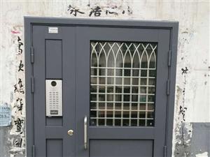 沂水哪里有做安装维修卷帘门车库门电动门玻璃门的电话