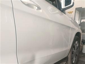汽車車身免噴漆凹陷修復