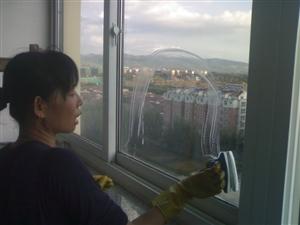 龙里家政保洁公司提供专业保洁清洗类服务