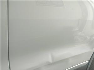 汽車凹坑無痕修復  保留原車漆