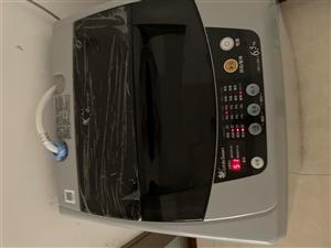 小天鹅洗衣机原价900使用一年500出售完好无损