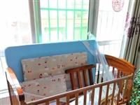 处理一 :宝宝实木大床,400元,九成新,只用了42天,内含摇摇小床,塑料垫,围栏,支架,蚊帐。二:...