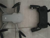 大疆御minni无人机 8成新  一个无人机 一个遥控器   一个电池   一个64g存储卡  无...