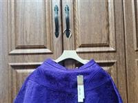 **CCDD半裙,119元包邮。深紫色,型号155/62A,质量超级好,版型超级好。因为买小了所以闲...