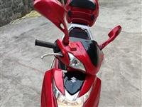 铃木豪爵女装红宝125摩托车低价出售,16年上牌至今只跑不到20000公里,已年审。平时接送小孩上下...