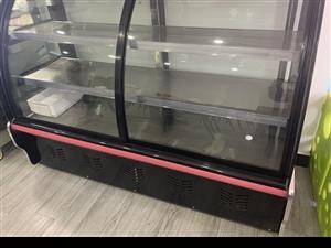 冷藏�c菜柜�I�硪��多月,接近**,店里用不上,需要的可�系