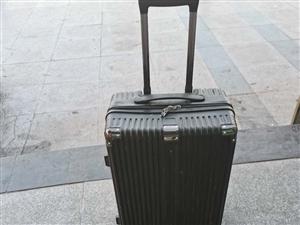 行李箱拿错