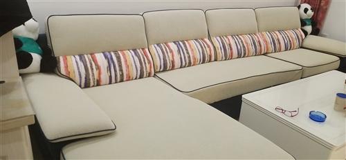 全友沙发,全长3.7米,地中海蓝+乳白色,几乎**,买就送沙发垫