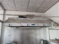 1.8米抽油烟机带净化,1.8米小吃车带加热,都是9.5成新!转卖!
